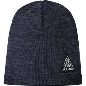 Maloja AndeerM. Beanie, mountain lake
